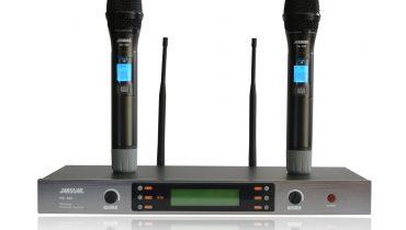 Có nên sử dụng micro không dây cho dàn âm thanh gia đình?