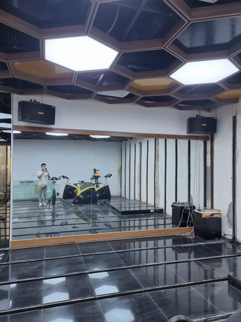 lắp đặt âm thanh Gym